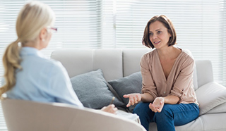 Psychotherapie wirkt kurativ (heilend), palliativ (lindernd), gesundheitsfördernd, präventiv (vorbeugend), vor allem aber persönlichkeitsentwickelnd